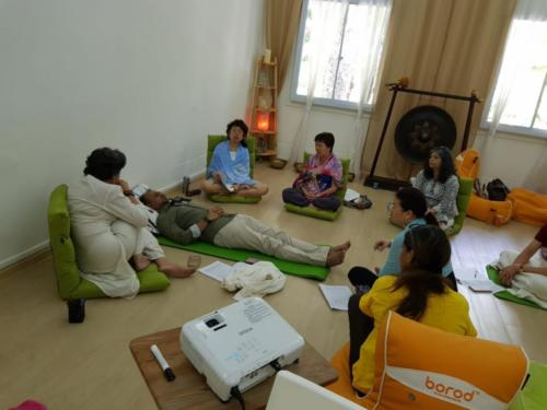 Demo session in Singapore Hypnotherapy Training